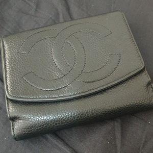 Vintage Chanel short wallet